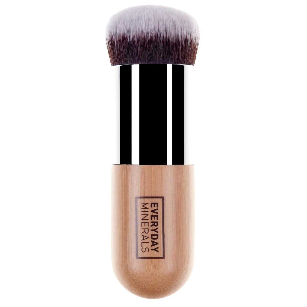 Everyday Minerals Ultimate Buffing Brush -Sivellin